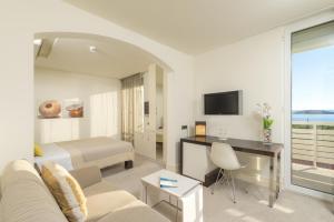 Amfora Hvar Grand Beach Resort, Отели  Хвар - big - 47