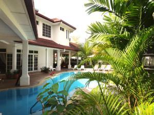 Auberges de jeunesse - Rumah Putih Bed & Breakfast near KLIA & KLIA 2
