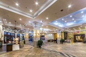 Huayuan Hot Spring Seaview Resort, Resorts  Sanya - big - 30