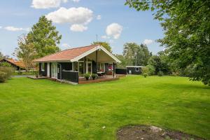 Sommerhuset Rusen 24, Дома для отпуска  Pollerup Kullegård - big - 4