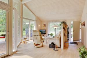 Sommerhuset Rusen 24, Дома для отпуска  Pollerup Kullegård - big - 10