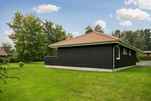 Sommerhuset Rusen 24, Дома для отпуска  Pollerup Kullegård - big - 16