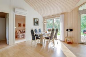 Sommerhuset Rusen 24, Дома для отпуска  Pollerup Kullegård - big - 18