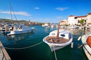 Hotel Sveti Kriz, Hotels  Trogir - big - 77