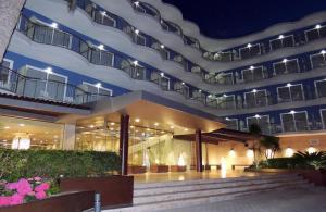 Augustus, Hotel  Cambrils - big - 99
