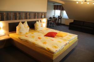 Pension Lebers Schinken-Alm, Guest houses  Winterberg - big - 36