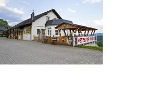 Pension Lebers Schinken-Alm, Affittacamere  Winterberg - big - 1