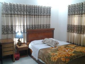 Le Chateau - Within Lake & Park, Guest houses  Dhaka - big - 2