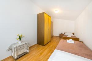 Apartment Zoran, Apartments  Bibinje - big - 75