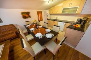 Apartment Zoran, Apartments  Bibinje - big - 79