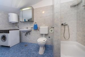 Apartment Zoran, Apartments  Bibinje - big - 83