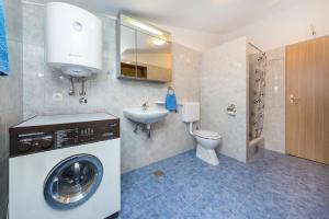 Apartment Zoran, Apartments  Bibinje - big - 84