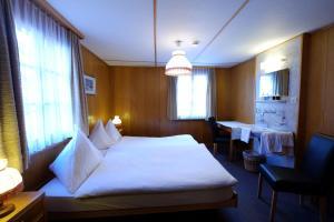 Hotel Tannenhof, Hotely  Zermatt - big - 24