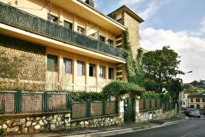 Argentiere Guest House Apartments - AbcFirenze.com