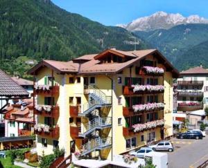 Sport Hotel Sass Maor - Predazzo