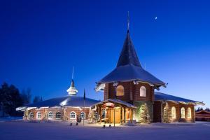 Santa Claus Holiday Village - Accommodation - Rovaniemi