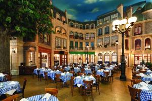 Paris Las Vegas Hotel & Casino (35 of 45)