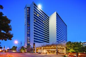 DoubleTree by Hilton Tulsa Downtown - Tulsa