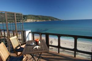 Villa Emanuela - AbcAlberghi.com