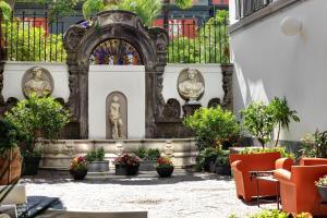 Hotel Piazza Bellini - Nápoles