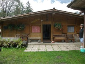 Villa Ilaria, Bed & Breakfasts  Caderzone - big - 12