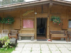 Villa Ilaria, Bed & Breakfasts  Caderzone - big - 13