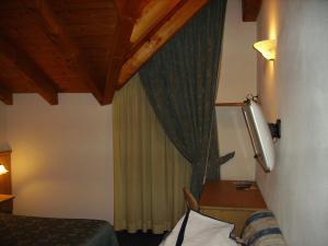 Villa Ilaria, Bed & Breakfasts  Caderzone - big - 14
