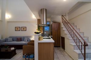 Large Apartment - Split Level (2-8 persons)