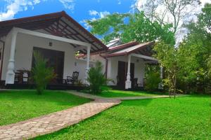 Sigiri Holiday Home - Inamaluwa