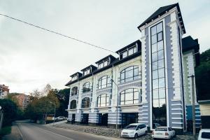 Royal Hotel - Sergey-Pole