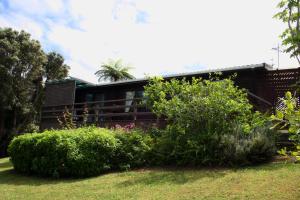 Lavendula Garden Cottage, Dovolenkové domy  Burnt Pine - big - 11