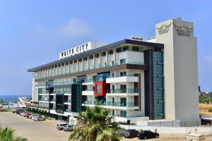 White City Resort Hotel - All ..