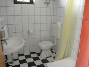 Villa Naranca, Apartments  Trogir - big - 27