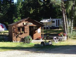 Location gîte, chambres d'hotes Camping Petite Riviere dans le département Corrèze 19
