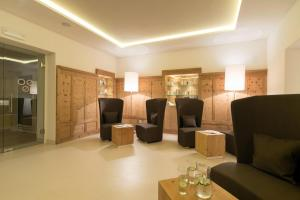 Park Hotel Bellevue, Hotel  Dobbiaco (Toblach) - big - 41