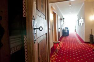 Park Hotel Bellevue, Hotels  Dobbiaco - big - 13