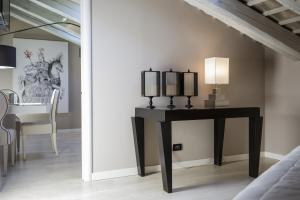 Seven Historical Suites (15 of 87)