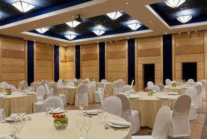 Mak Albania Hotel, Szállodák  Tirana - big - 36