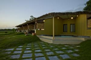 Asiatic Lion Lodge, Лоджи  Sasan Gir - big - 13