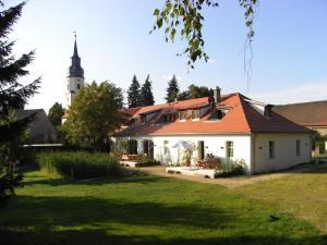 """Apartmenthotel Garni """"Gärtnerhaus Schloss Reinharz"""" - Bad Schmiedeberg"""