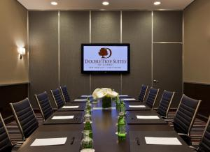 DoubleTree Suites by Hilton NYC - Times Square, Hotely  New York - big - 24