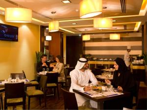 Citymax Sharjah, Отели  Шарджа - big - 11