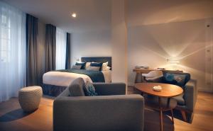 Petit Hôtel Confidentiel, Отели  Шамбери - big - 43