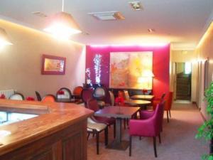 Les Capucins, Hotels  Avallon - big - 21