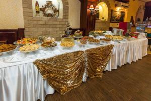 Grand Hotel Uyut, Hotel  Krasnodar - big - 73