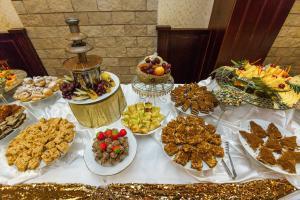 Grand Hotel Uyut, Hotel  Krasnodar - big - 69