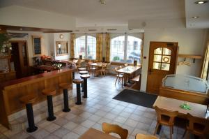 Hotel Arkanum, Hotel  Salgesch - big - 23