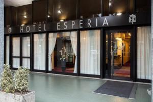Hotel Esperia, Отели  Ро - big - 38