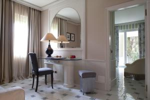 Baglioni Hotel Cala del Porto (10 of 50)