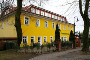 Landgasthof zur krummen Linde - Amalienfelde